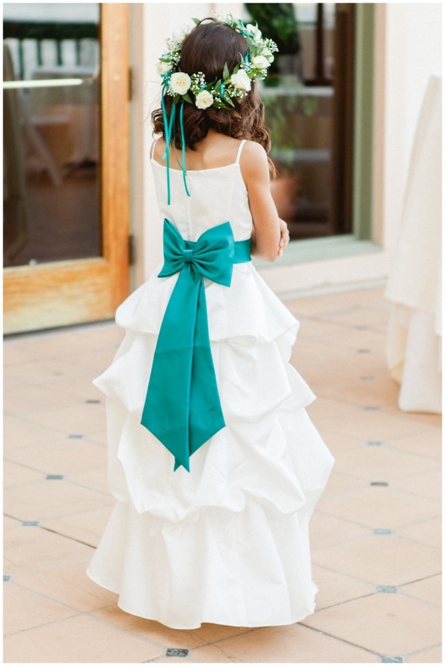 Flower girl head wreath photo
